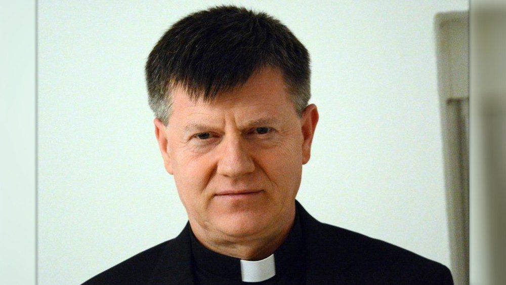 Nadbiskup Ante Jozić